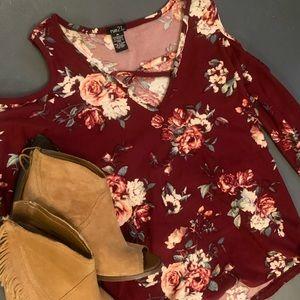 Rue 21 super cute floral red shirt,